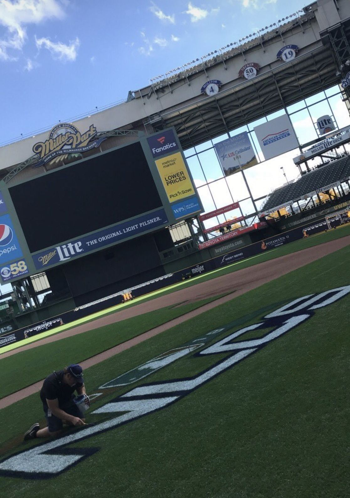 Miller Park looking good for the 2018 NLCS Milwaukee