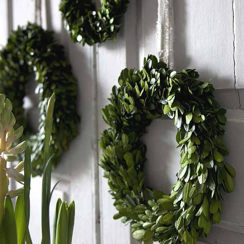 Real Buxus Christmas Wreath. Handmade Christmas wreaths are the best. Find inspiration at Hobbycraft http://www.hobbycraft.co.uk/ #christmas #wreaths #christmaswreaths