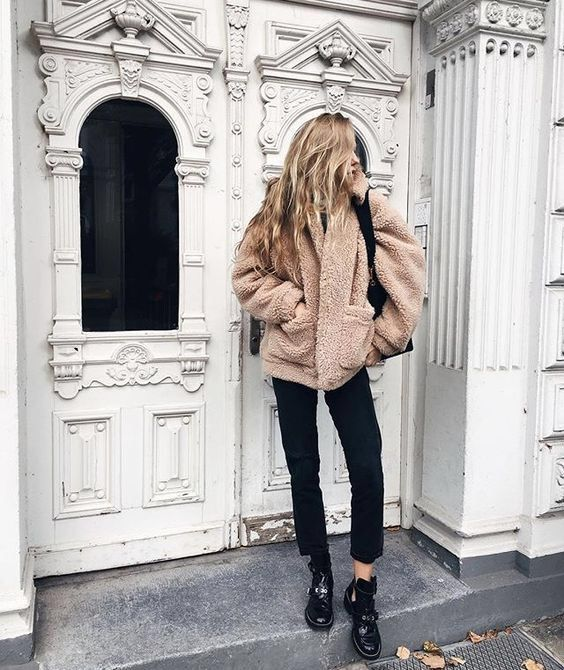 d6d51029a1 4 Stylish Ways To Wear A Teddy Coat This Winter