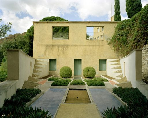 Jardin cubiste by Gabriel Guevrekian at Villa Noailles by Robert ...
