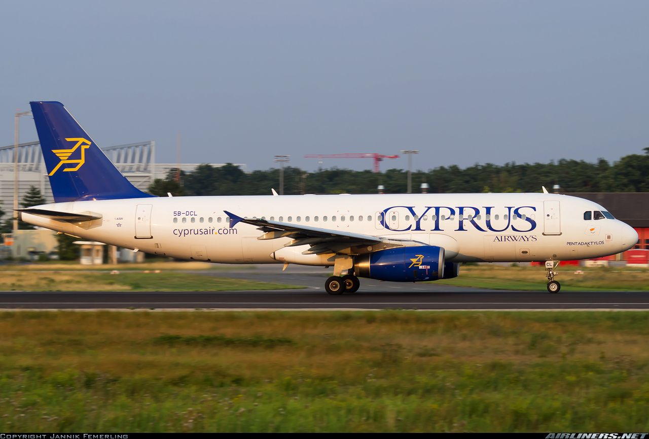 Cyprus Airways (July 27, 2014) Airbus A320-232 / 5B-DCL