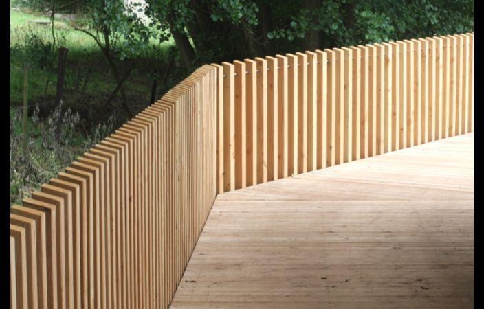 Fotos de la passerelle en bois à KOERICH. | Martin Charpentes | Prenez une lon ... #zaunideen