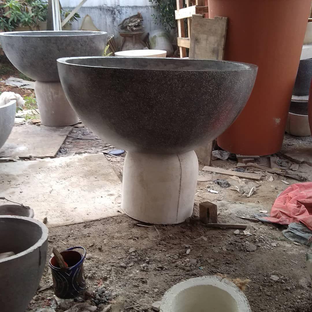 Big Size Pot Teratai Finising Glossy Dengan Bubuk Batu Granite Pot Potteraso Potgranit Tukangpot Potteratai Potminimalis Potbesa Instagram Teratai Batu