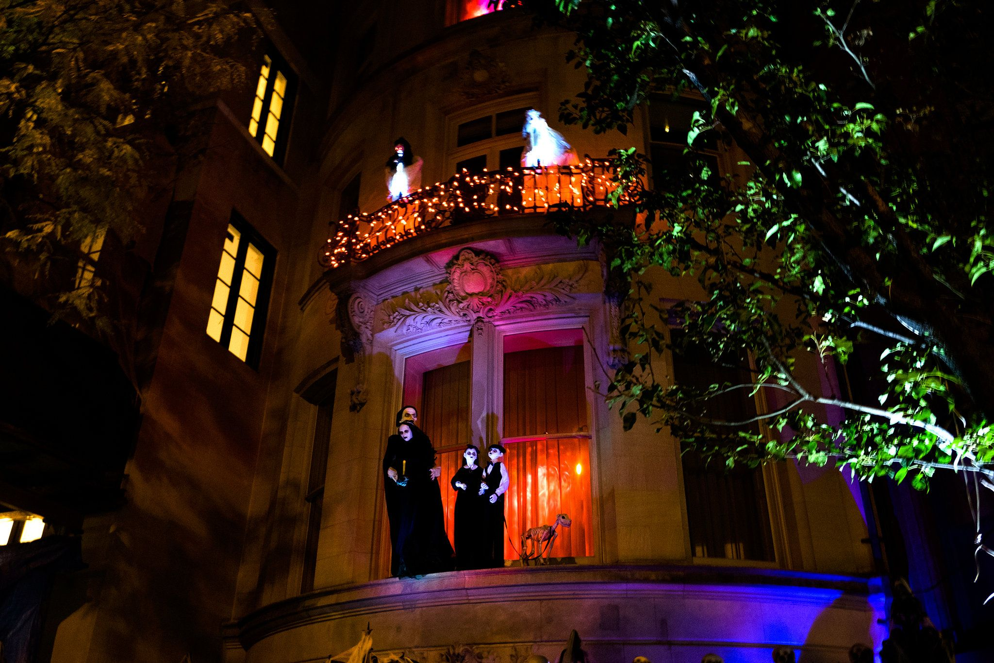 Halloween In Manhattan S Most Expensive Zip Codes Published 2015 Original Addams Family Halloween House Halloween Town