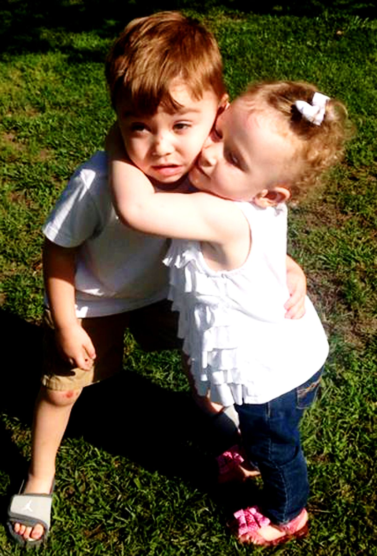 Cousins hugging <3 Parker and Ariana 2013