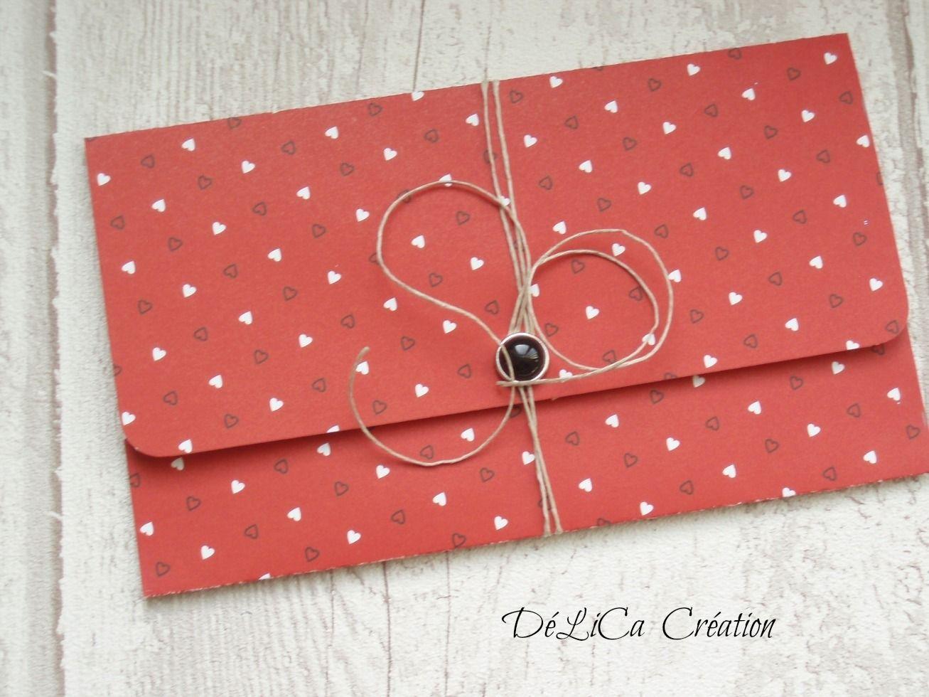 pochette pour noel faire un cadeau sous forme d 39 enveloppe emballages cadeaux par. Black Bedroom Furniture Sets. Home Design Ideas