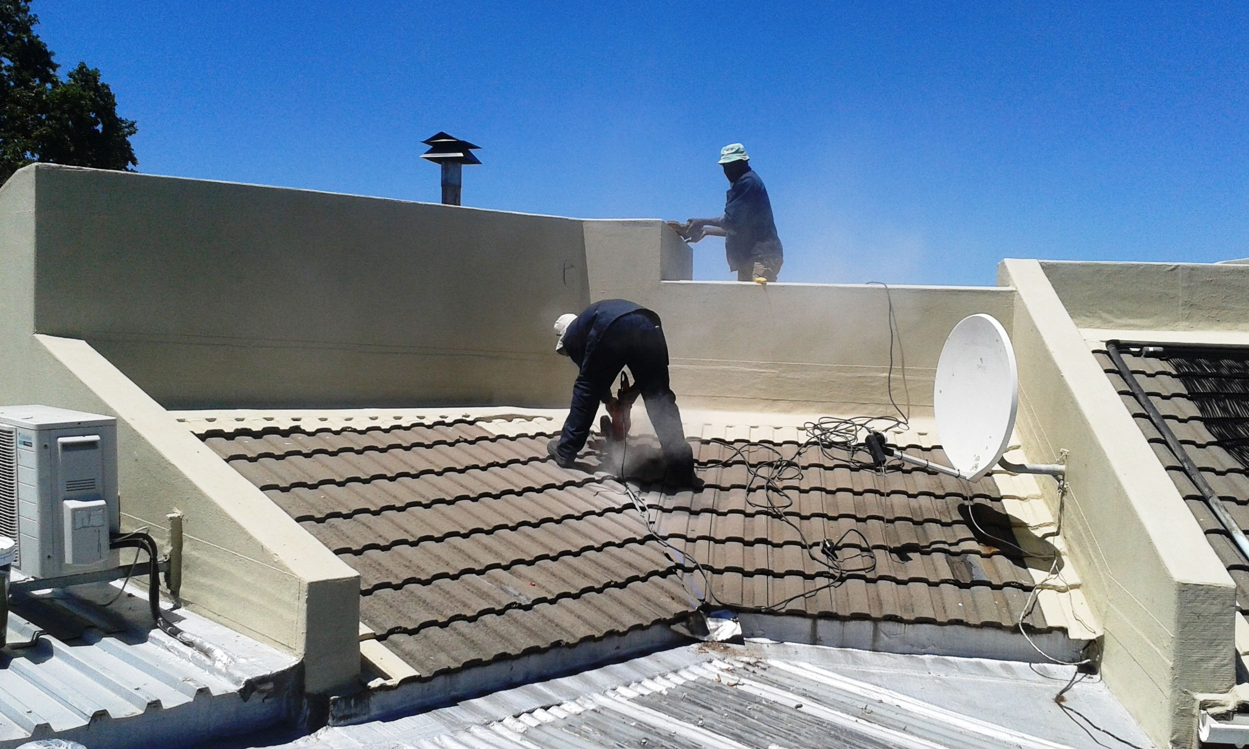 Paramount Roofing Specialises In Residential And Factory Roofs Roof Restoration Roofing Roof Maintenance