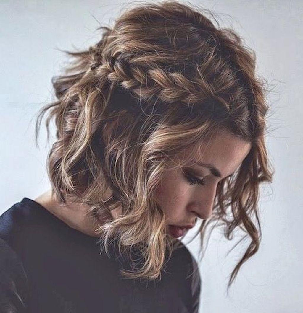 46 Stylish Short Hairstyle Braids Ideas In 2020 Fryzury Wlosy