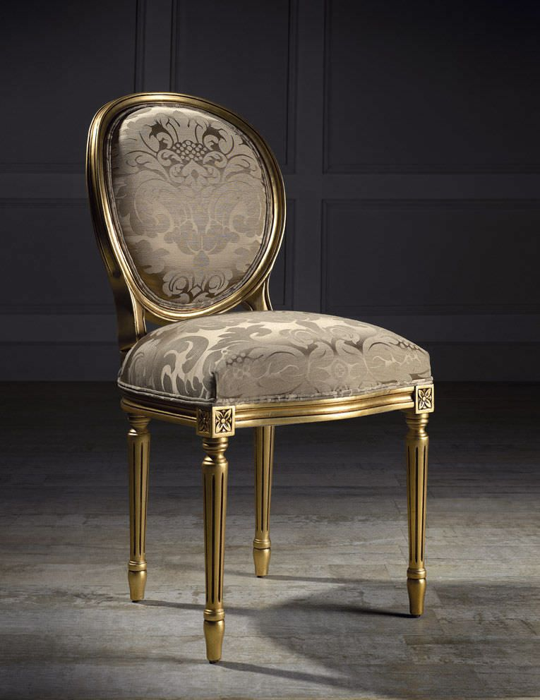 chaise m daillon de style louis xvi en tissu andrea i colecci n alexandra seated in gold. Black Bedroom Furniture Sets. Home Design Ideas