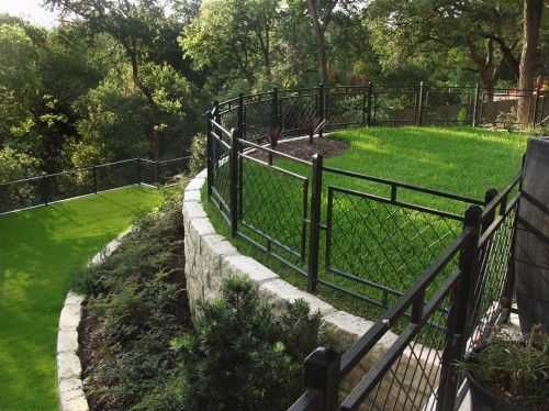 retaining wall idea - without the fence landscaping Pinterest