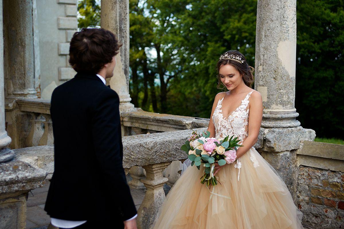 одежда свадебного фотографа оценивается