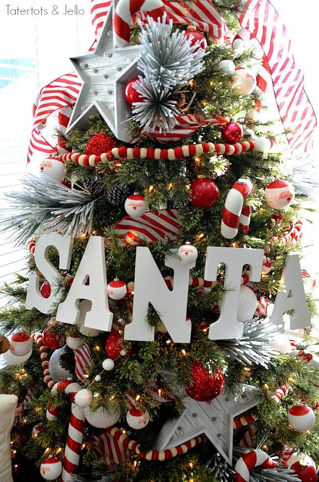 santa north pole christmas tree and decorating ideas christmas rh pinterest ca