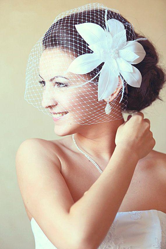 PLEASE READ THE SHOP POLICIES BEFORE ORDERING !!! Bridal Birdcage veil - Wedding  fascinator - Fascinator - White wedding veil - Bridal 2ec8afc513a