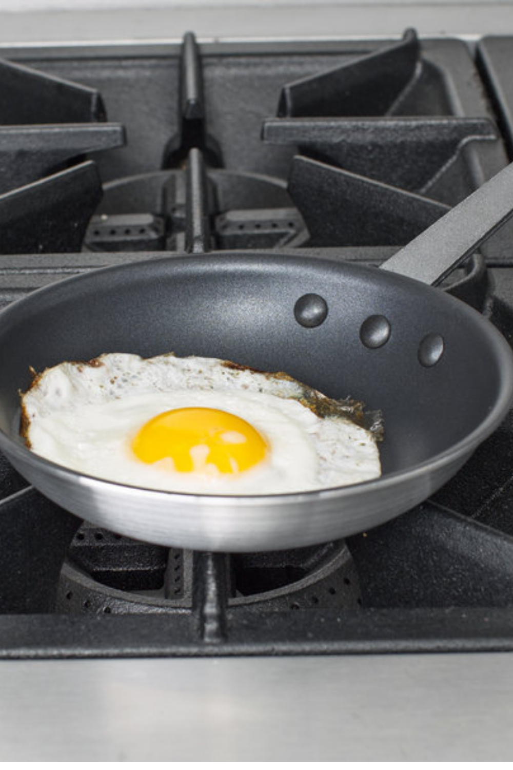 Non Stick Frying Pan,4 Units Fried Egg Cooker Pan Aluminium Alloy Pancake Steak Kitchen Supplies Cookware Suitable for Use with Gas Cooker Black,24cm
