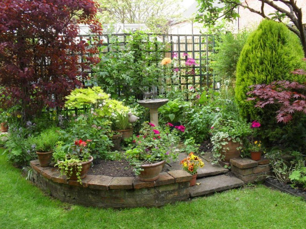 Outdoor, Fabulous Potted Plants With Raised Flower Bed For