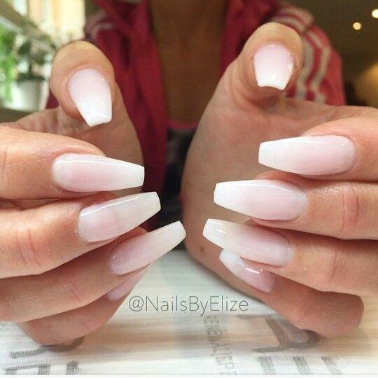 Narrow Coffin Acrylic Toe Nails Soft Pink Nails Transparent Nails