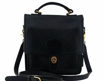 23fc977fb7d5 Vintage Coach Willis Station Bag Style No. 5130 in Black