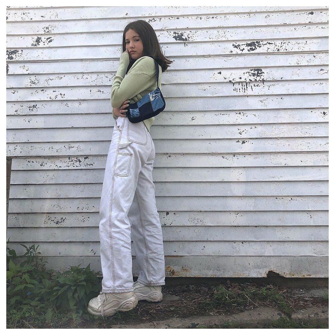 white cargo pants outfit