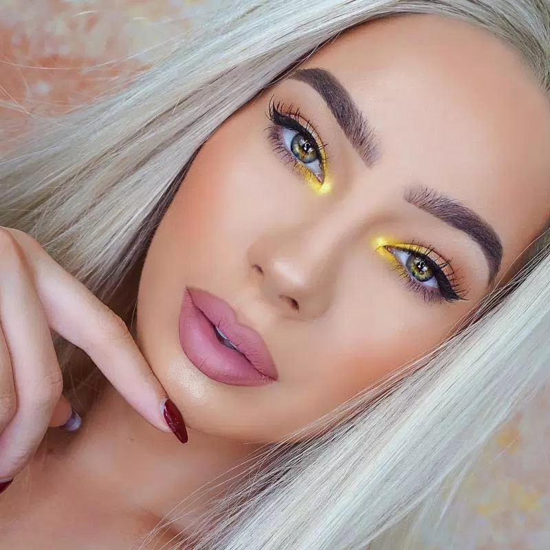 24 Fall Makeup Trends 2019 Shockingly Wearable Makeup Looks For Fall ADD @mwazomela FOR MORE PINS