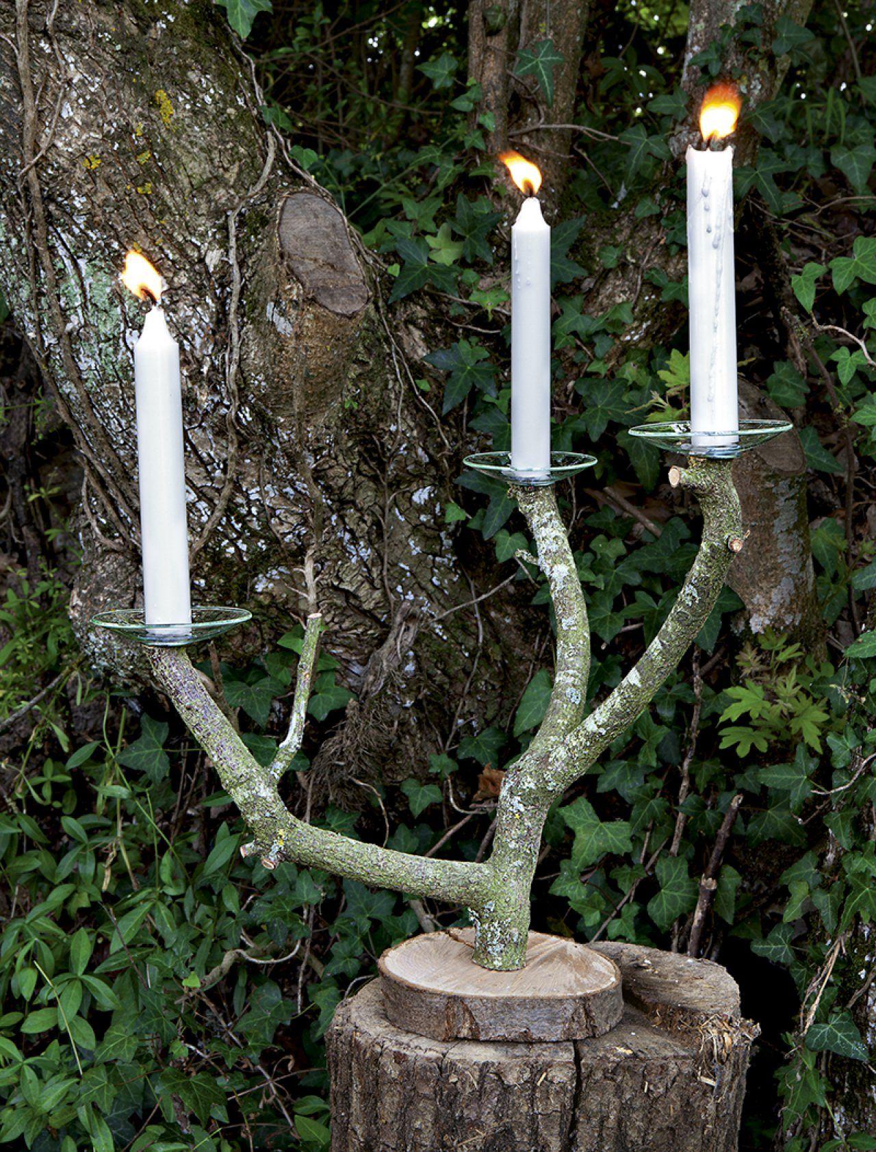 une branche d 39 arbre transform e en chandelier halloween. Black Bedroom Furniture Sets. Home Design Ideas