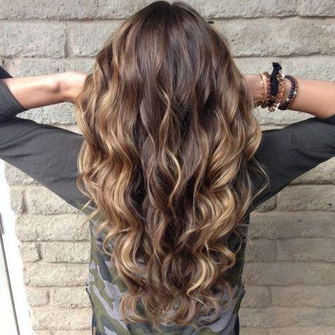 balayage sieht am besten bei langen lockigen haaren aus bine pinterest frisur haar und. Black Bedroom Furniture Sets. Home Design Ideas