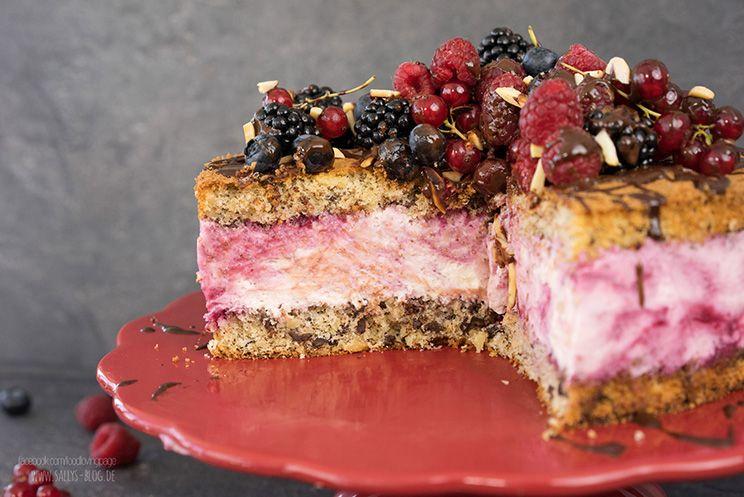 Sallys Blog - Sommertraum-Torte mit bunten Früchten / Naked Cake