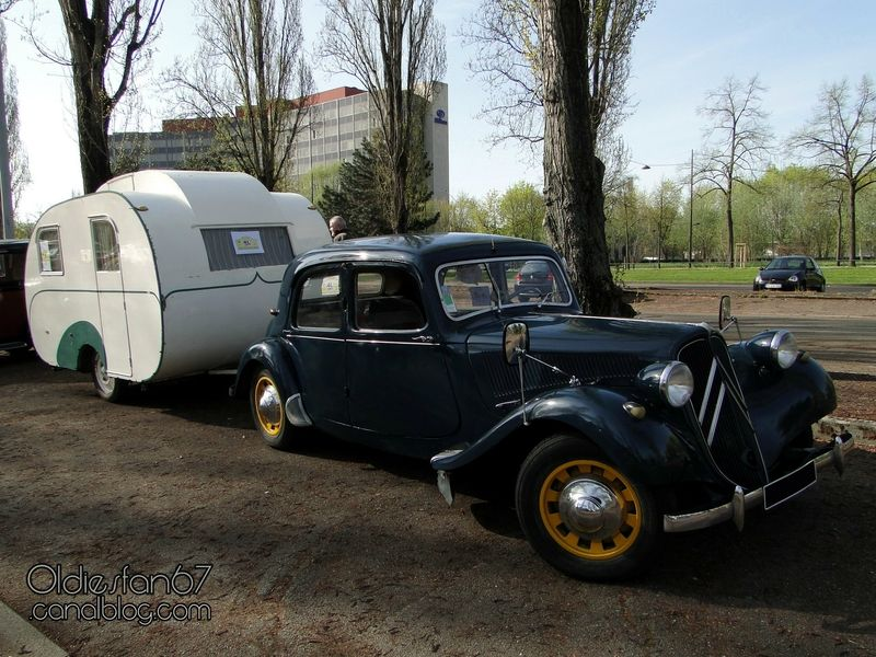citroen-traction-11-caravane-baillou-b3-1955-1