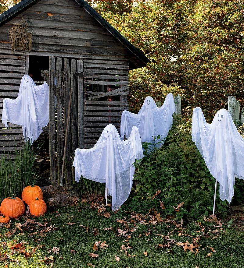 fun outdoor halloween decor