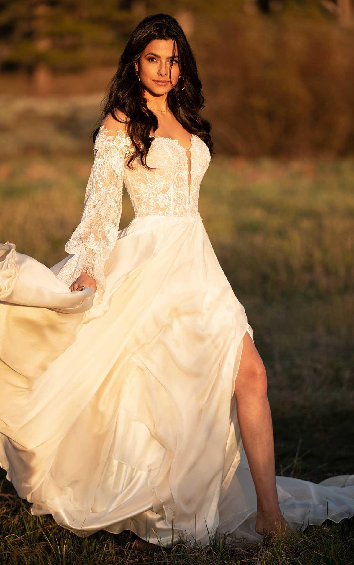Finn Wedding Dress All Who Wander Boho Chic Wedding Dress Chic Wedding Dresses Wedding Gowns [ 1914 x 1200 Pixel ]