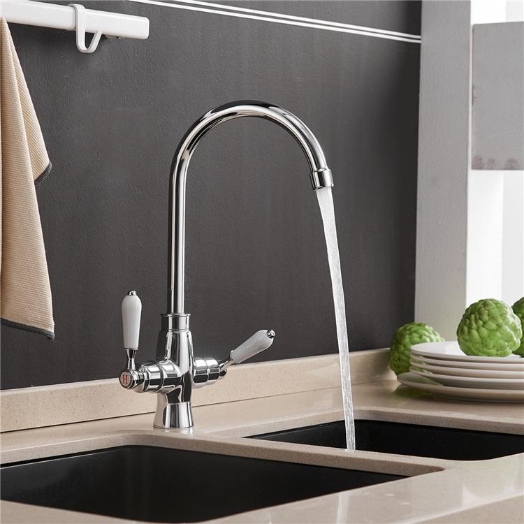 キッチン蛇口 台所水栓 冷熱混合栓 水道蛇口 2ハンドル 回転可能