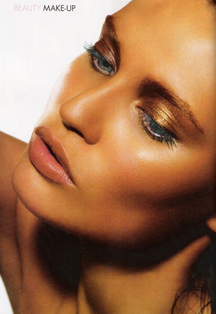 bianca balti eye makeup Bianca balti, Makeup looks