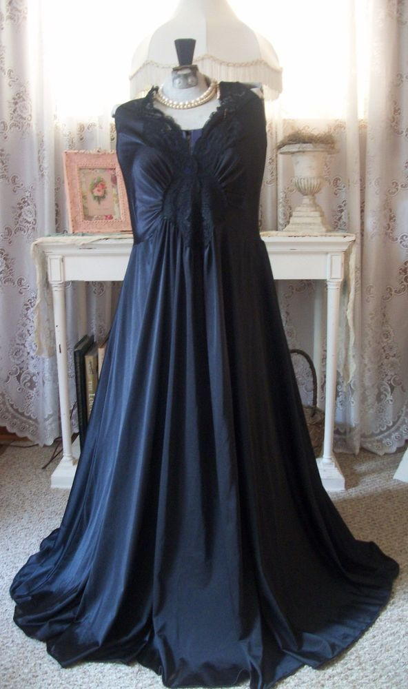 Vintage Black Olga Nightgown Style 98280 X-X-L Plus Size Gorgeous ...