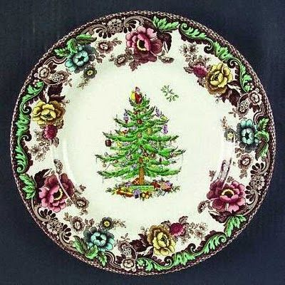 Vignette Design Setting The Table With Christmas Dinnerware Christmas Dinnerware Christmas Plates Christmas Dishes