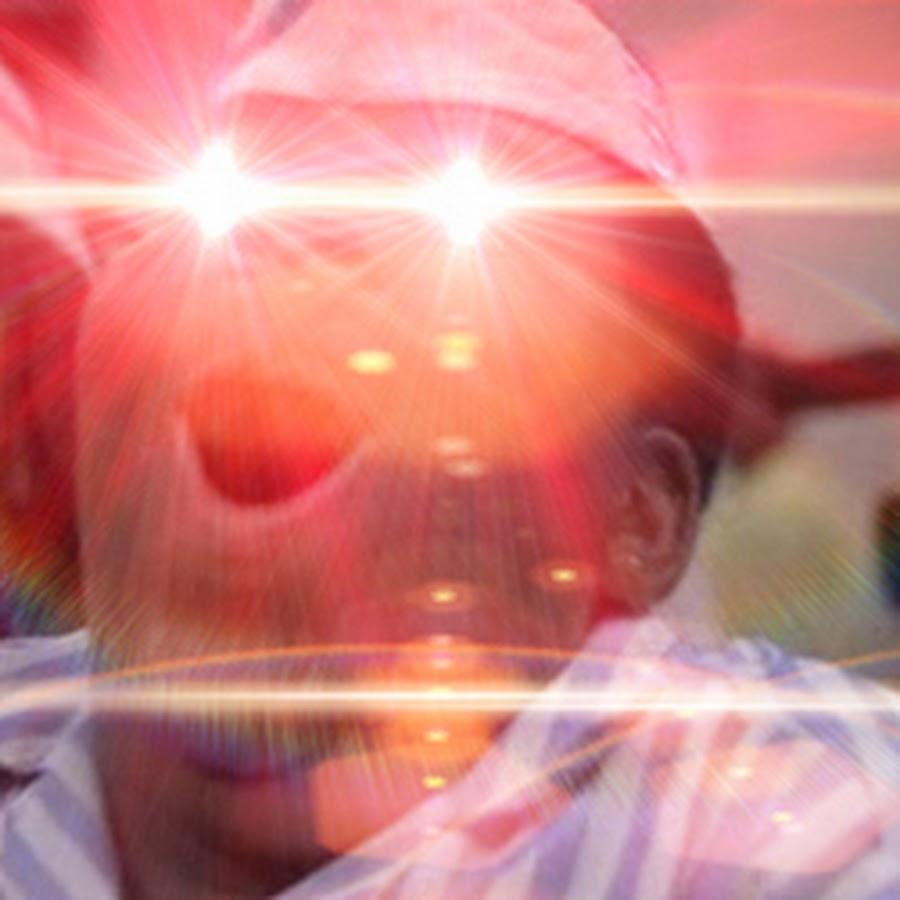 Glowing Eyes Meme Snapchat