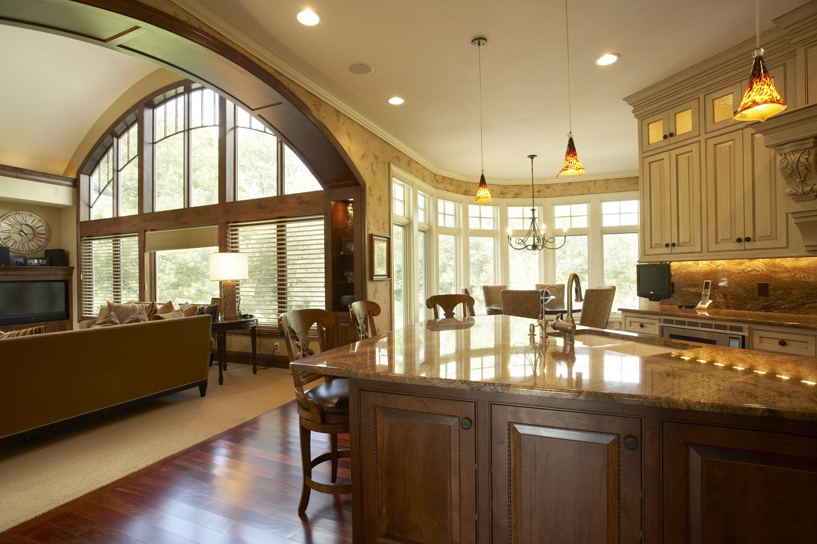 ordinary House Plans With Large Kitchen Island #4: House plans with large kitchen windows