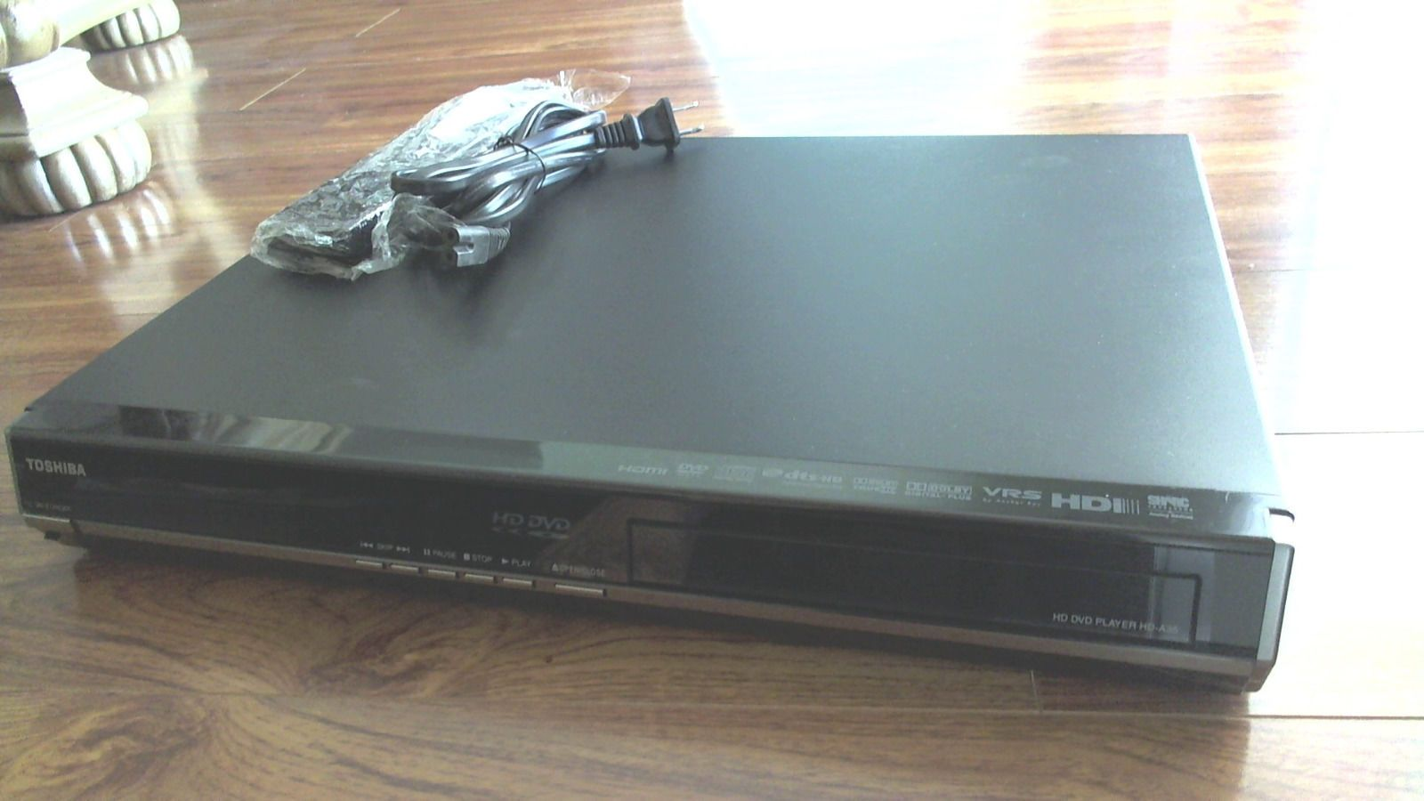 Toshiba HD-A35 HD DVD player w/ remote and cord. Excellent Condition ...