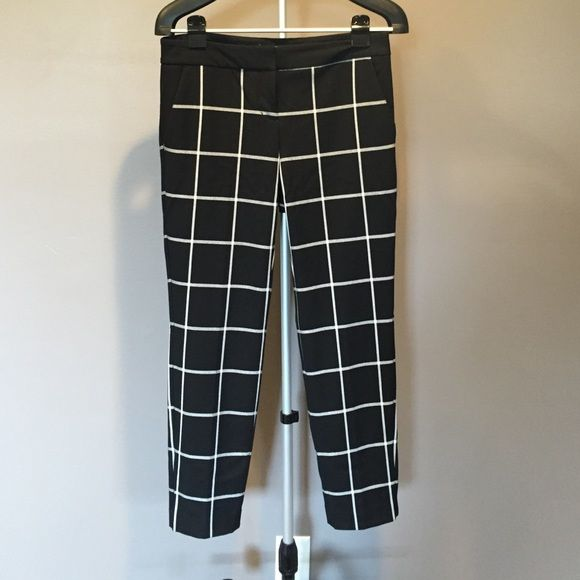 Barely worn! Perfect condition! Windowpane Columnist Ankle pant Express Pants Ankle & Cropped