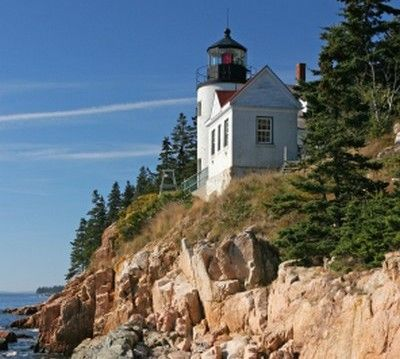 B Harbor Head Light Mount Desert Maine When Is The Best Time To Visit Lighthouses In