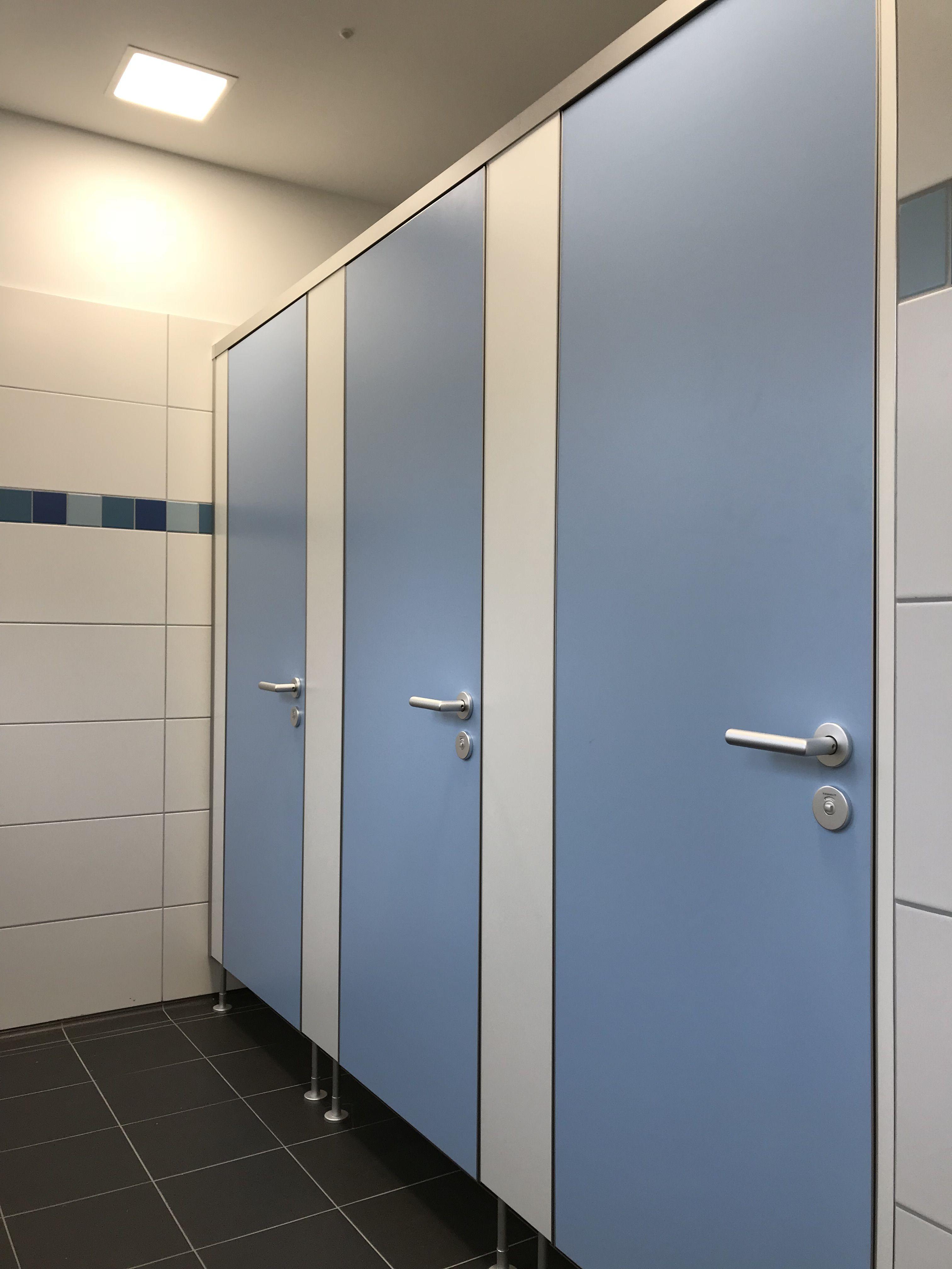 WC-Trennwände Typ NIUU-K von Kemmlit | Schule, Bildung und ...