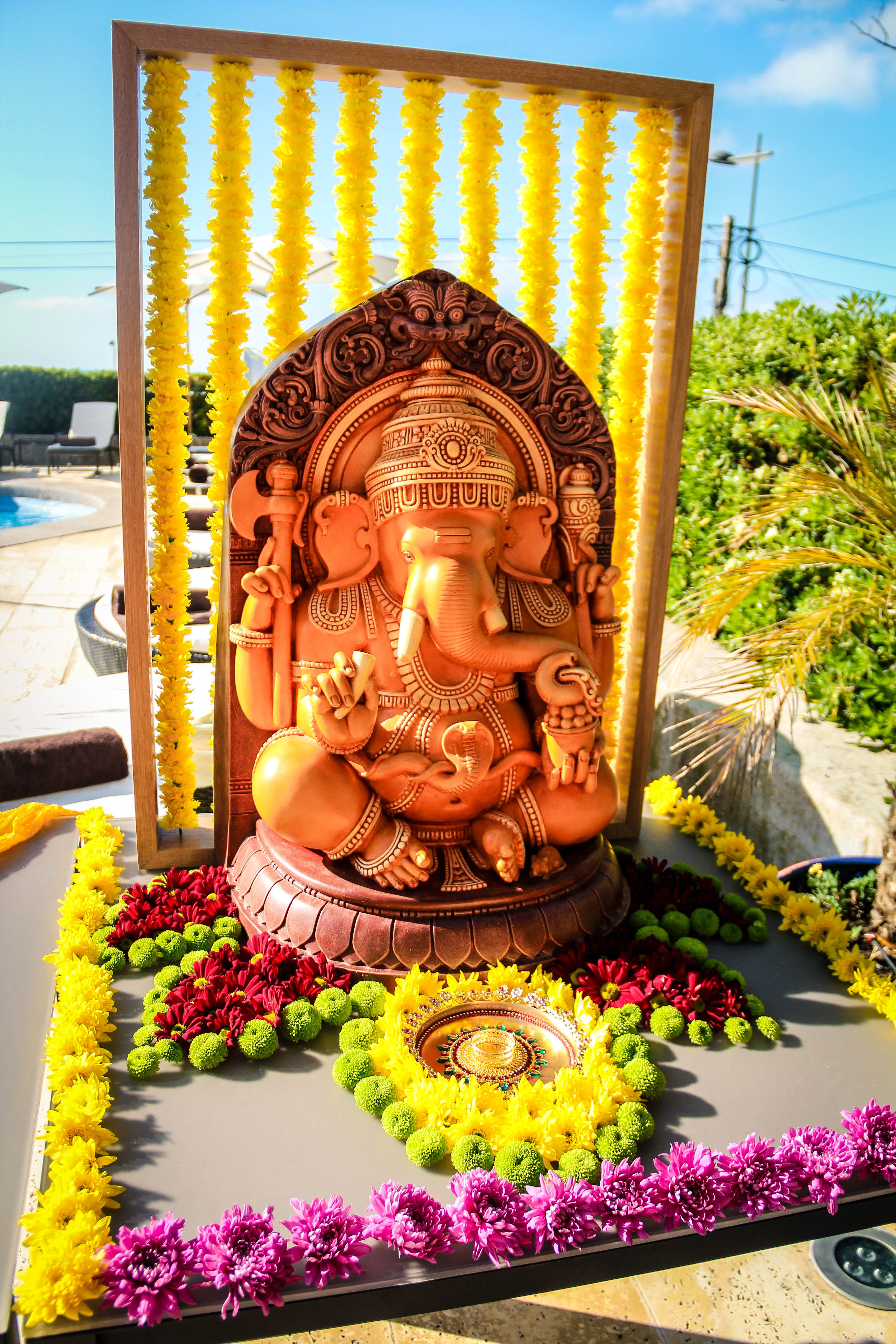 Indian Wedding Ceremony in Portugal: Ganesh Puja (Prayer to Lord