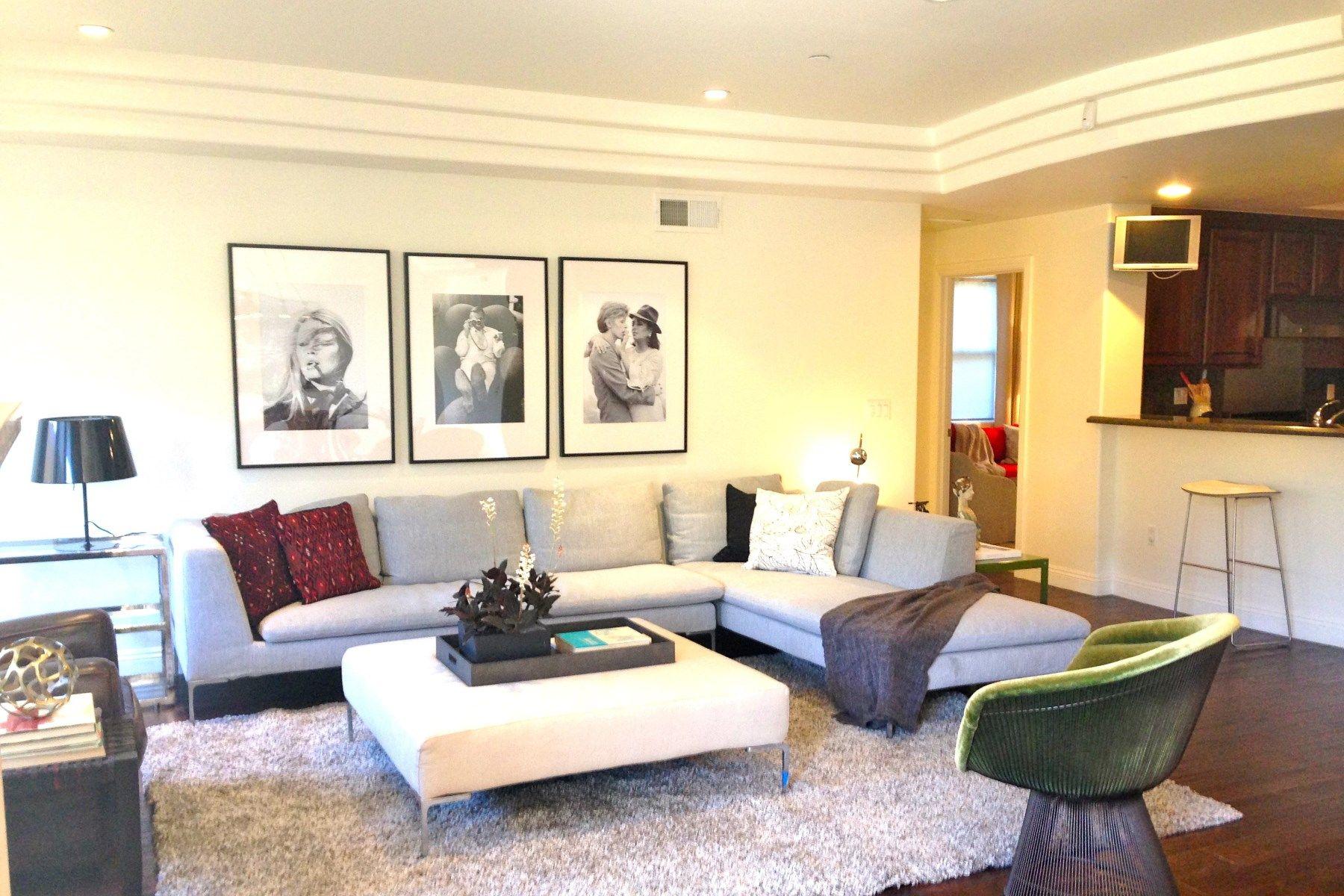 Condominium for Sale at 12044 Hoffman Street Unit 102 Studio City, California 91604