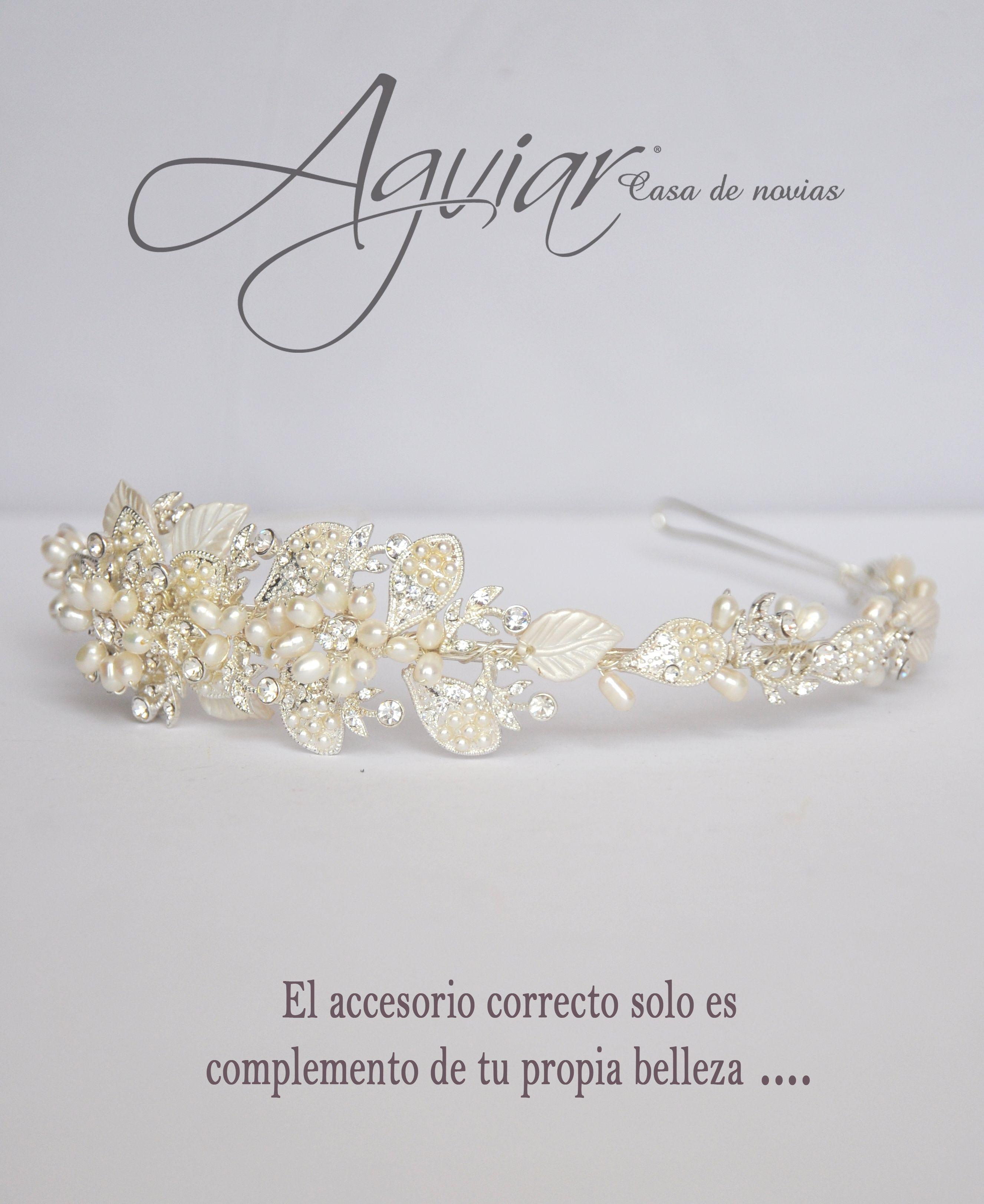 Hermosa Tiara para novia, hecha con perlas y cristales swarovski ...