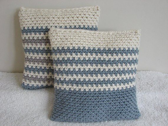 Crochet pattern chunky cushion cover | pattern bulky yarn | striped throw pillow tutorial | granite stitch or moss stitch pillow