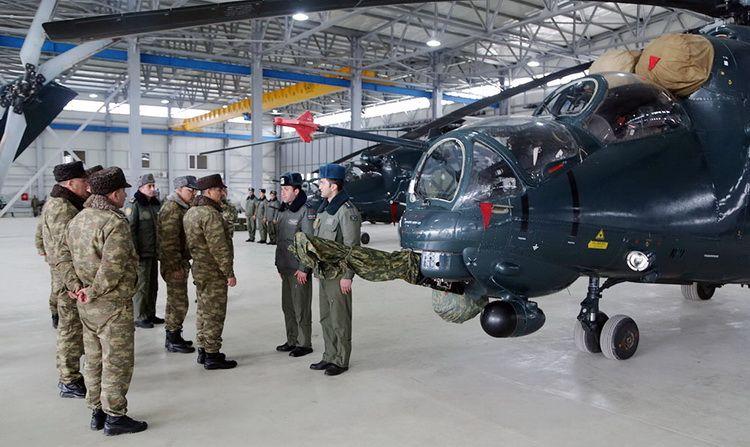Nazir Helikopter Hərbi Hissəsinə Bas Cəkib Novator Az Sci Fi Spaceship Sci Sci Fi