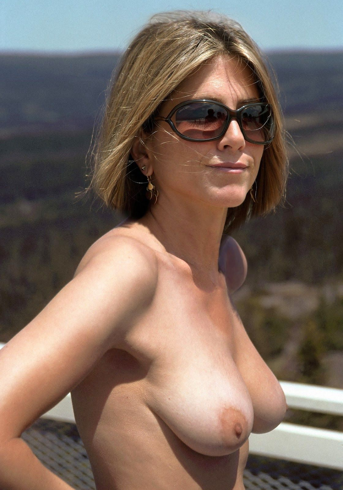 Jenifer aniston nude fakes agree with