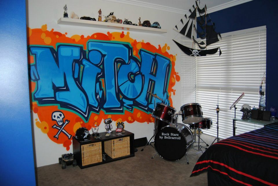 Graffiti teenage boys room interior design diva homes - Painting graffiti on bedroom walls ...