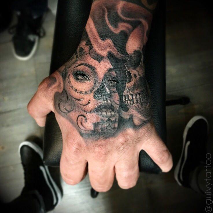 b7b31bcbf2398 Tattoo by Guivy / Art For Sinners / Tattoo / Geneva / Switzerland  #catrinatattoo #santamuerte #handtattoo #knuckle #main #tatouage #tatoueur  #tatoueuse ...