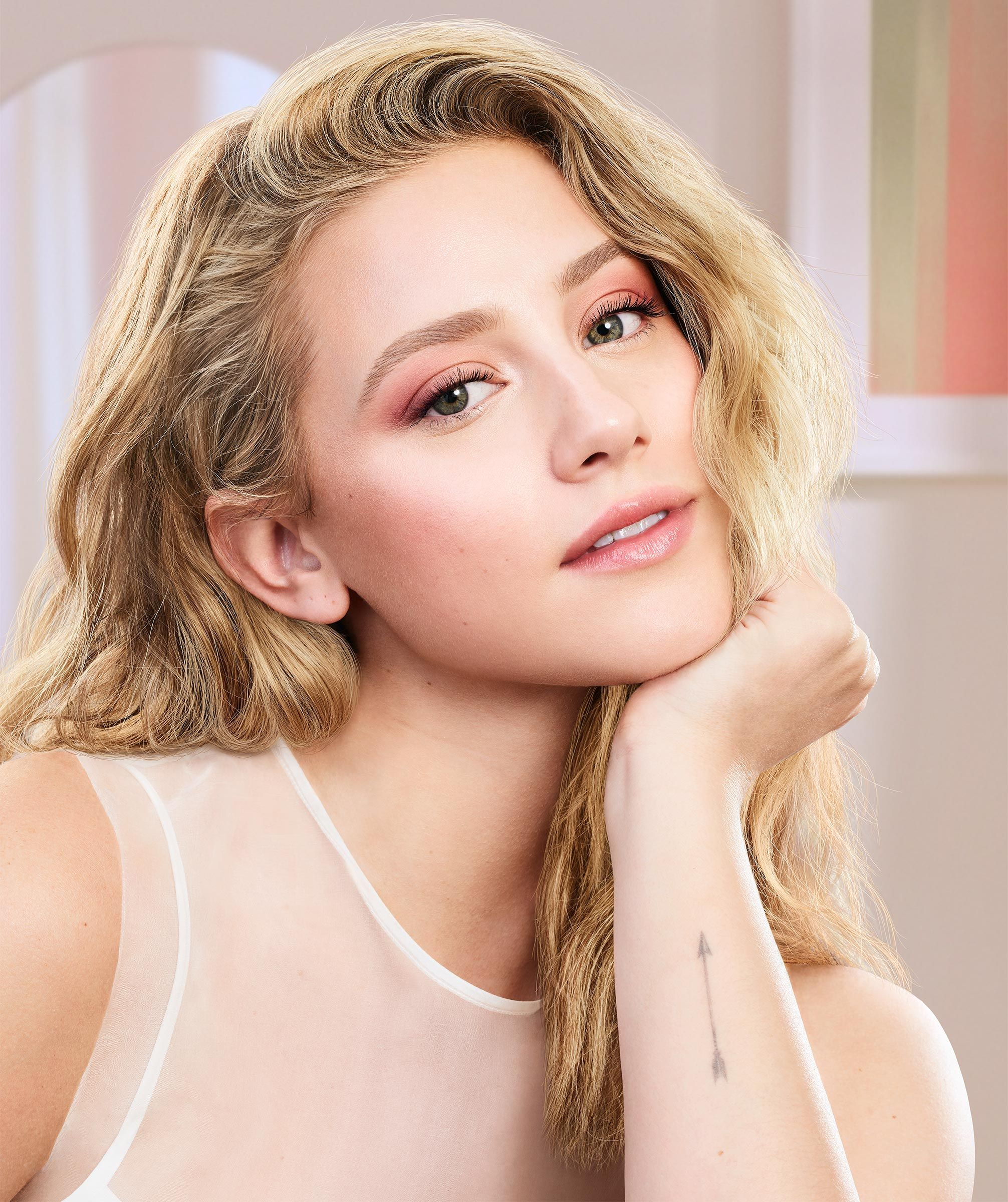 Lili Reinhart Makes Her CoverGirl Debut in New Clean Fresh Campaign: 'Natural Skin Is Beautiful' | Covergirl, Lili reinhart, Celebrity makeup
