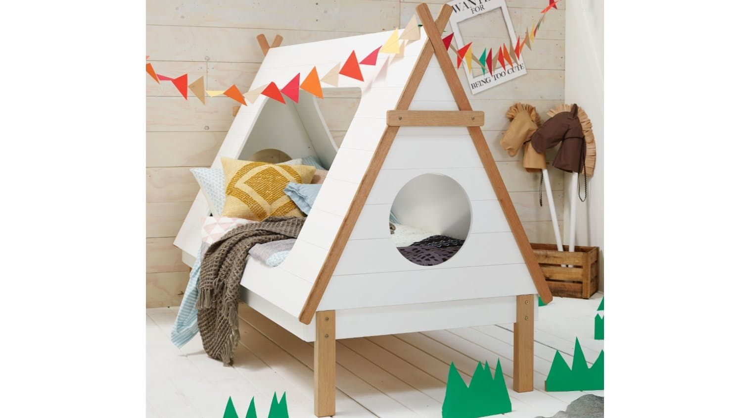 7 Inspiring Kid Room Color Options For Your Little Ones: Tee Pee Kids Bed Frame