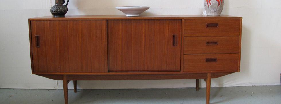 retailer of vintage furniture located in barendrecht
